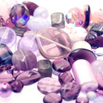 Pärlisegu Violetsetes toonides eri suurusega  pärlitest 5-20mm, 100/50g pakk