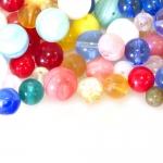 Pärlisegu kirjudes toonides, ümaratest pärlitest 5-10mm, 100/50g pakk