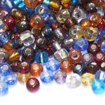 Pärlisegu erivärvilstest läbipaistvatest hõbedase sisuga klaashelmestest 6-9mm, 100/50g pakk