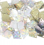 Siledapinnalised rombikujulised plastlitrid / Flat Diamond Sequins, 2 Side Openings / ø15 x 11mm