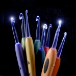 Valo-virkuukoukku, valokoukku Crochet Lite