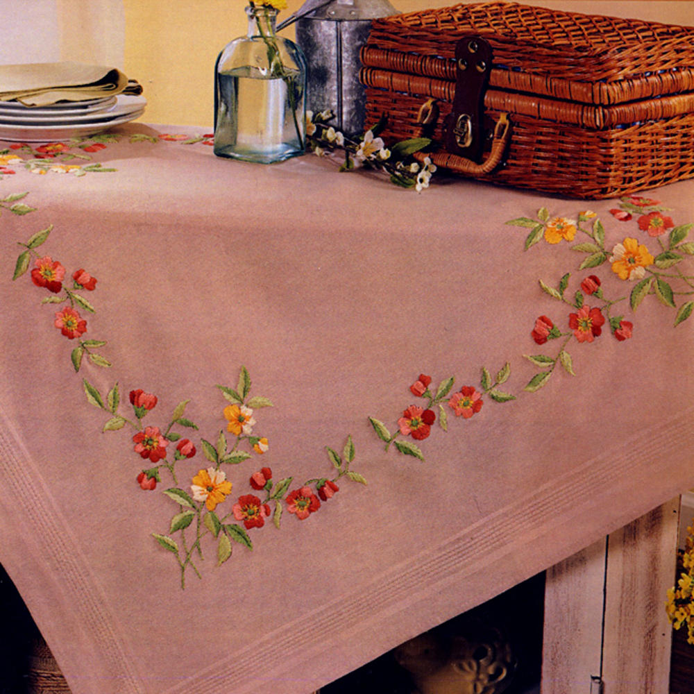 Pre-stamped Table Topper/ Duftin / Art. 14-459