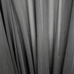 Läbikumav kardinakangas, 140cm