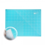 Cutting Mat 45cm x 60cm, bright blue/neutral grey, SewMate DW-72332
