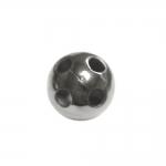 Metallist, needitaoline, alt nelja auguga nööp, 23mm, 36L