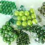 Rohelised plastpärlid