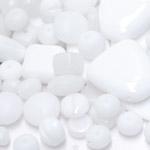Pärlisegu valgetest erikujulistest pärlitest 6-22mm, 100/50g pakk