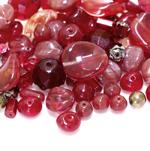 Pärlisegu punakatest erikujulistest pärlitest 4-16mm, 100/50g pakk
