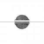 Ümar, lapik, reljeefse mustriga, pikuti läbistatud metallhelmes, 15x5mm