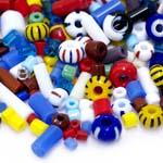 Erivärviliste toruhelmeste ja terahelmeste segu suuruses 4-15mm