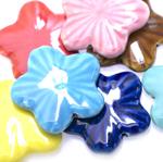 Keraamilised portselanpärlid lapikud lilled 34x7mm