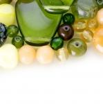 Pärlisegu Rohekates, kollakates toonides, pärlitest 5-25mm, 100/50g pakk