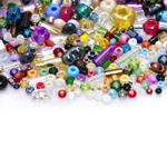 Pärlisegu erivärvilistest eri suurusega  pärlitest 1,5-8mm, 100/50g pakk
