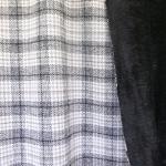Ruudumustriga, villasisaldusega, karvase pahupoolega, paks kostüümi-/mantlikangas 148cm, 132900