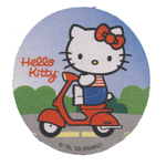 Triigitav Aplikatsioon; Jänes mopeed / Embroidered Iron-On Patch; Hello Kitty with Moped / 7,3cm