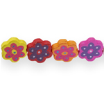 Lapikud lillekujulised värvilised puithelmed 19x 17,5x 4,5mm