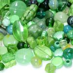 Pärlisegu rohekatest erikujulistest pärlitest 6-20mm, 100/50g pakk