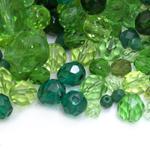 Pärlisegu Rohekates toonides eri suurusega  ümaratest pärlitest 5-12mm, 100/50g pakk