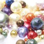 Pärlisegu Erinevates pärlmutter toonides eri suurusega pärlitest 5-20mm, 100/50g pakk