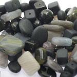 Pärlisegu Musta-halli toonides eri suurusega  pärlitest 5-20mm, 100/50g pakk