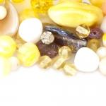 Pärlisegu kollakates, pruunikates toonides, pärlitest 5-23mm, 100/50g pakk