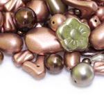 Pärlisegu Vasksetes toonides pärlmutterkattega eri suurusega pärlitest 5-20mm, 100/50g pakk