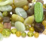 Pärlisegu Rohekates toonides eri suurusega  pärlitest 5-25mm, 100/50g pakk