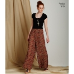 Women`s Easy-to-Sew Trousers and shorts, Simplicity Pattern #8134