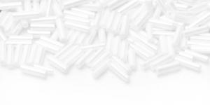 DN23 7mm Valge läbipaistmatu metallik kattega toruhelmes