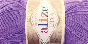 Siidja pinnaga akrüüllõng Diva Silk Effect; Värv 622 (Sinakaslilla), Alize