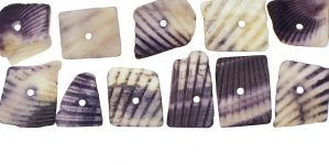 JF10 / Sinakaslillakates toonides teokarbist helmed / 7-12mm