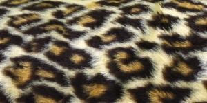 Pruunikirju leoparditaoline kunstkarusnahk Nr.10