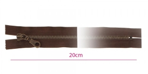 1882OX, Metall-tõmblukk pikkusega 20cm, 6mm antiikpronks hammastikuga, tumepruun