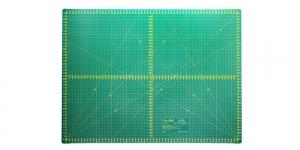 Cutting Mat, 45cm × 60cm SewMate 12122
