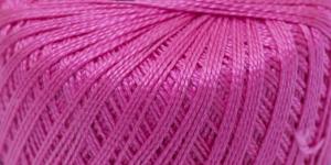 Pärlniit Perle 5 tikkimiseks ja heegeldamiseks; Värv 6005 (Fuksiaroosa) / Madame Tricote