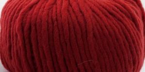 Poolvillane Itaalia paks disainlõng Fashion Super Chunky; Värv 2 (Sügav punane), RICO Design