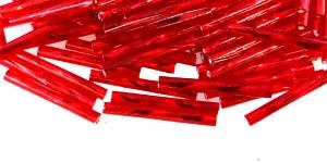 Punased, hõbedased, läikivad auguga, vindiga toruhelmed, 20 mm, HA97C