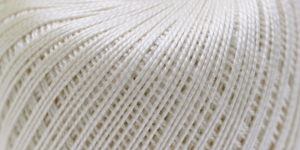 Pärlniit Perle 5 tikkimiseks ja heegeldamiseks; Värv 6282 (Loodusvalge) / Madame Tricote