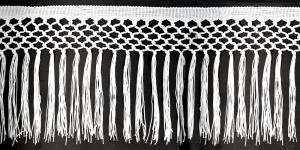 Sõlmelise servaga narmad pikkusega 25 cm, värv valge, 1