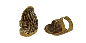 Open Sided Thimble; size: small (S)