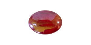 KM130 18x13x4mm Punane, lameda põhjaga klaashelmes