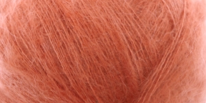 Ülipeen siidisisaldusega mohäärlõng Kidsilk Haze, Rowan, värv 680, roosakas-pruunikas-oranžikas