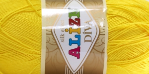 Siidja pinnaga akrüüllõng Diva Silk Effect; Värv 110 (Puhas kollane), Alize