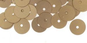 YB129 / Lamedad kettakujulised plastlitrid, siidja läikega beezikaspruunid / ø10mm