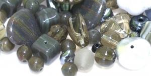 LL27A 4-18mm Hallikas-rohekatest erikujulistest pärlitest segu