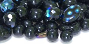Mustadest erikujulistest pärlitest segu 4-16mm, LL97