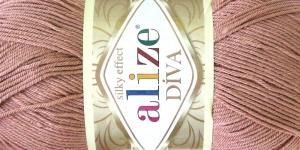 Siidja pinnaga akrüüllõng Diva Silk Effect, värv 261 (Tumedam roosakasbeež), Alize