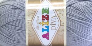 Siidja pinnaga akrüüllõng Diva Silk Effect; Värv 355 (Hall), Alize