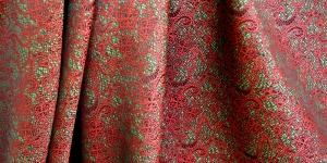 619178/1/10 Punane, roheline mustriga kunstsiidist kangas