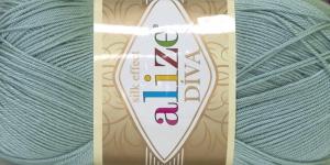 Siidja pinnaga akrüüllõng Diva Silk Effect; Värv 463 (Hele hallikasroheline), Alize